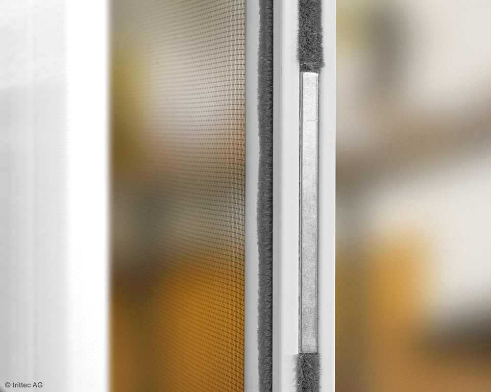 Side-hung window fixing detail magnetic strip